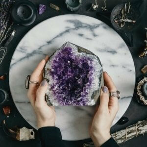 Crystals for chakra cleansing